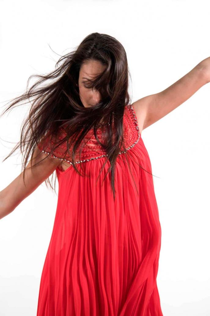 fotografia di moda e fashion, ragazza vestito rosso