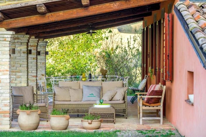 fotografia d'interni e servizio fotografico d'interni, veranda con giardino