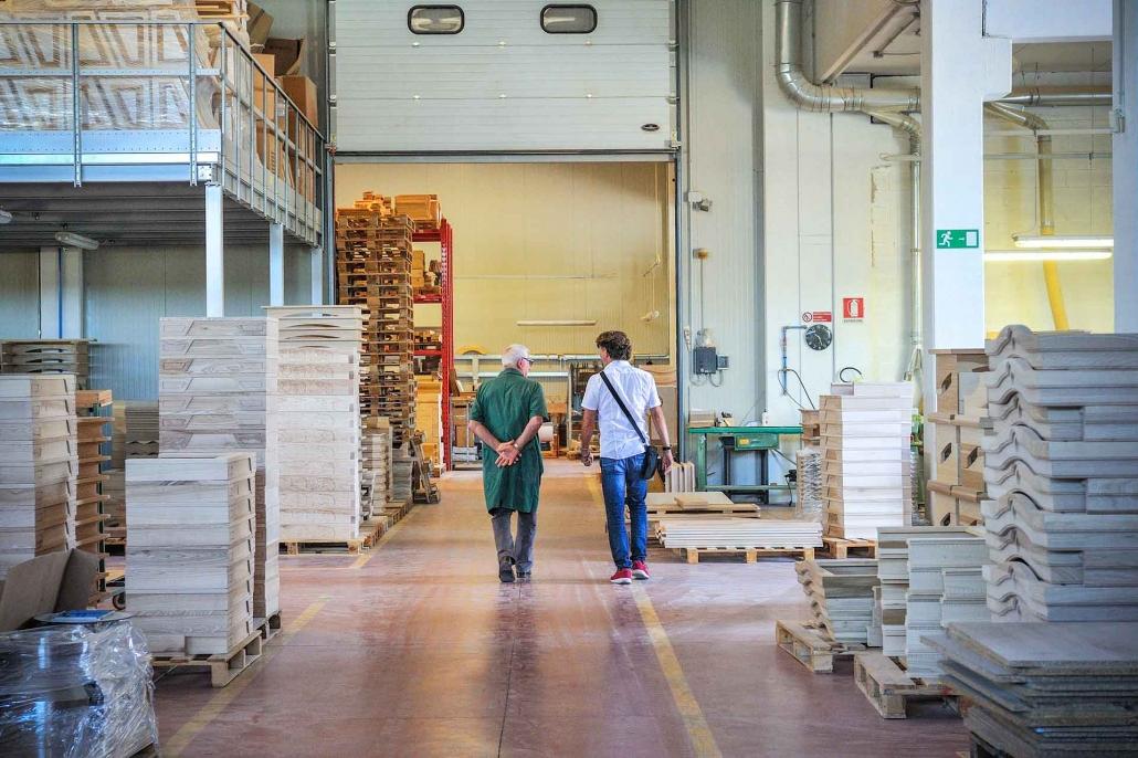 fotografia corporate e fotografia aziendale, capannone di produzione