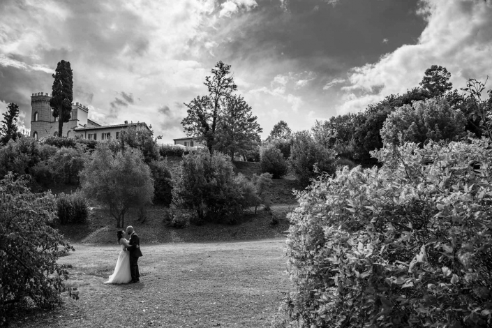 fotografo matrimonio Italia, sposi al Castello
